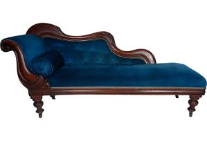 Victorian-Fainting-Couch