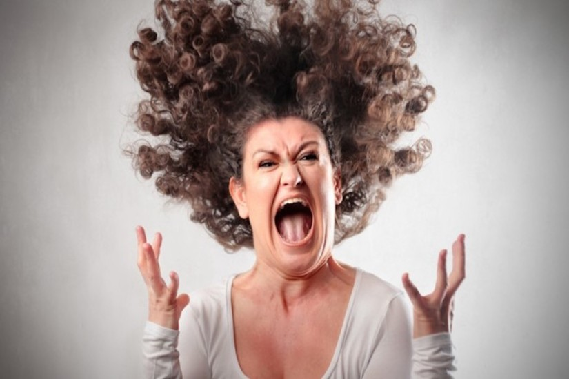 WOMAN-hair-raising-freakout-660x405